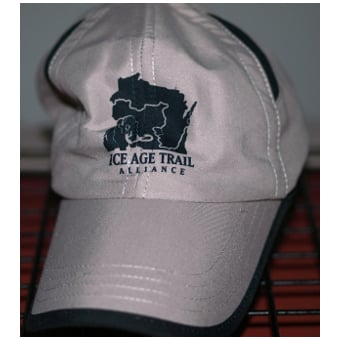 IATA Performance Vented Hat
