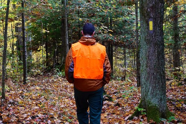 Ice Age Trail Alliance, Ice Age National Scenic Trail, Hunting Season, DNR Hunting Dates, Hunting on the Ice Age Trail, Hiking Safely During Hunting Season